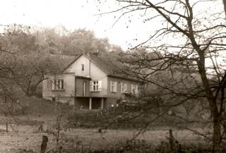 1975-dom-harcerza